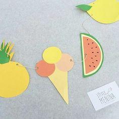 Je vous propose le tutoriel d'une guirlande en papier pour décorer les fêtes organisées en été… Elle sera idéale pour donner de la couleur au jardin, par exemple ! Quand j'ai vu que le thème du Projet DIY du mois de juin était « Let's Celebrate ! », je me suis dit que c'était l'occasion de réfléchir à une décoration sympa pour l'anniversaire de ma petite. Et puis, Déco avenue m'a contactée pour me proposer d'animer un atelier créatif pendant leur Garden Party le 18 juin dernier…