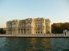 İSTANBUL - Beylerbeyi Palace -- Beylerbeyi neighborhood of Istanbul, in the district of Üsküdar and architect Sarkis Balyan built in 1861-1865 by Sultan Abdulaziz palace