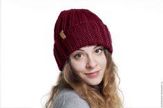 Купить Бордовая теплая вязаная шапка с отворотом из мериносовой шерсти - зимняя шапка, теплая шапка