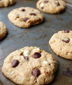 Cinq Fourchettes etc.: Biscuits pour déjeuner santé sans gras! Desserts With Biscuits, Cookie Desserts, Easy Desserts, Cookie Recipes, Food N, Food And Drink, Cookies Light, Breakfast On The Go, Biscuit Cookies
