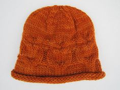 Free pattern for owlie hat on Ravelry