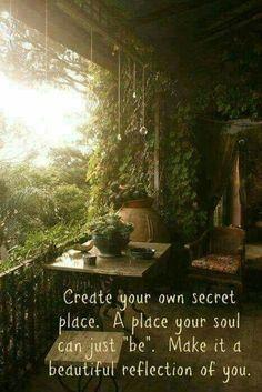Ein pflanzenreiches Heim, wo die Seele frei fliegend ihre Bahnen zieht.