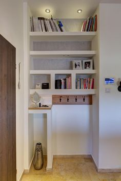 חיים בין עמודים: שיפוץ בית קטן בתלמי מנשה | בניין ודיור