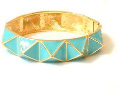 Kenneth Lane KJL Turquoise Enamel Geometric Pyramid Design Hinge Bangle Bracelet
