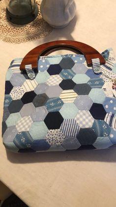 Louis Vuitton Speedy Bag, Bags, Fashion, Homemade, Handbags, Moda, Fashion Styles, Fashion Illustrations, Bag