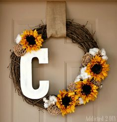 Fall Monogram Wreath - Addicted 2 DIY #falldecor #wreath #monogram