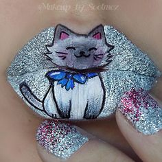 Fuzzy with a bow decided to do a little kitty inspired by my ragdoll cat ☺️ using @jeffreestarcosmetics drug lord as a base for the glitter and the white @mehronmakeup paradise paints for the colors @houseofuni wicked lipstick for shading and @katvondbeauty tattoo liner to outline @makeup_by_soolmoz ♡♥♡♥♡♥