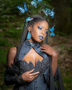 Afro, Black Cosplayers, Fat Girl Fashion, Corset Outfit, Black Goth, Black Goddess, Dark Skin Beauty, Black Women Art, Fantasy Women