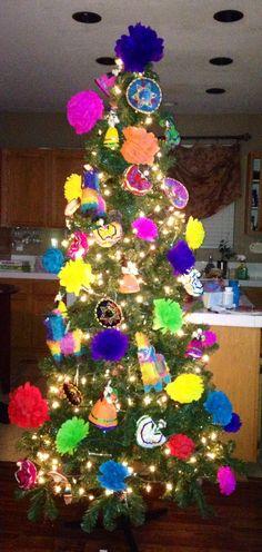 Mexican Christmas Tree Mexican Christmas Decorations, Christmas Tree Themes, Noel Christmas, Holiday Tree, Rustic Christmas, Holiday Crafts, Christmas Ornaments, Xmas Trees, Holiday Fun