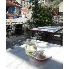 Afternoon delight on a sunny afternoon  in Roquefere. Vin blanc and some petite sweet  #retreat  #france