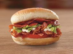 Fazoli's Pepperoni BLT Breadstick Slider sandwich features crispy bacon, lettuce, sliced tomato and mayo, all topped with five crispy pepperoni chips, on a buttery garlic breadstick slider bun. Pepperoni Chips, Bacon Pasta Bake, Smoked Gouda Cheese, Slider Sandwiches, Crispy Chips, Smoky Bacon, Slider Buns, Sliced Tomato, Burger Buns
