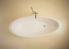 The most #elegant and #sweet #bathtub… ORIGINE » www.signweb.it/prodotti/origine-3 ___ #equilibrium #relax