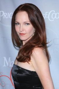 Amy Yasbeck Net Worth, Annual Income, Monthly Income, Weekly Income, and Daily Income - http://www.celebfinancialwealth.com/amy-yasbeck-net-worth-annual-income-monthly-income-weekly-income-and-daily-income/