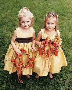 How cute are these little flower girls for your fall Wedding