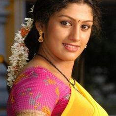 Latest HD Photos, images, HD wallpapers for mobiles # Hd Wallpapers For Mobile, Mobile Wallpaper, Ramya Krishnan Hot, Beautiful Girl Indian, Hd Photos, Sari, Actresses, Image, Fashion
