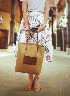 Paper leather tote in a sand colour with brown leather shoulder straps and pocket. A perfect everyday bag! Leather Bags, Brown Leather, Shoulder Straps, Shoulder Bag, Medium Sized Bags, Brown Bags, Everyday Bag, Casual Bags, Vintage Paper