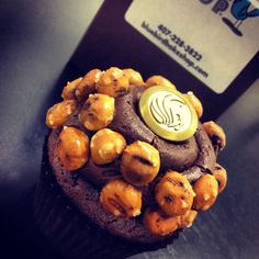 UCF Button Covers + Blue Bird Bake Shop = Customized Cupcakes - Perfect for University of Central Florida Graduation or company parties! | MadetoALTR