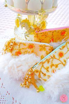 Lavinia fenton mini pastry scented purses pastelitos con aroma, pink mint lilac totally handmade/ pasteleria dulce de HandmadeBoutiqueByLF en Etsy https://www.etsy.com/es/listing/489768801/lavinia-fenton-monederos-mini-pastelitos