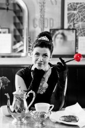 Kirstie Allsopp has been transformed into Audrey Hepburn to 'Breakfast at Tiffany's' for Comic Relief. Color Splash, Color Pop, Colour, Red Nose Day, Domestic Goddess, Tv Presenters, Gods And Goddesses, Audrey Hepburn, Make Me Smile