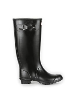 huntress boots. (larger calf space/shorter length) want. rain boots perfect w skirts/dresses.