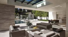 Contemporary family home in California: San Vicente House
