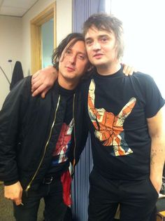 The Libertines in Stained Class Merch! Yes, you read that correctly! The Libertines in Stained Class Merch! The Libertines, who have recently reunited and are on their European tour, are in Stained Class Merch! Take a look at Peter Doherty and Carl Barat wearing our Union Jackhorns t-shirts! Carl is wearing thebrightversion of the Union …
