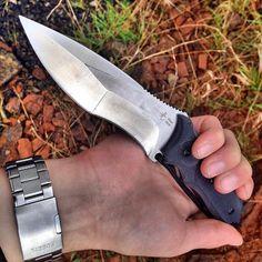 The Fixed Blade Hikari Hunting Knife with D2 Tool Steel
