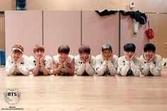 BTS cute guys.