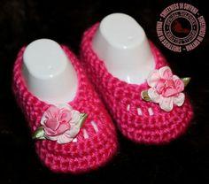 Crochet Baby Booties  Baby Girl Booties  by SweetnessInSmyrna, $17.99