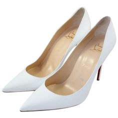 Pre-owned Christian Louboutin Bridal Patent Decollete 100mm Sim 2... ($674) ❤ liked on Polyvore featuring shoes, pumps, heels, christian louboutin, white, christian louboutin pumps, white pointed toe pumps, white patent pumps, evening bridal shoes and patent leather pumps