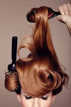 Give your hair an instant upgrade with these 4 must-have brushes: