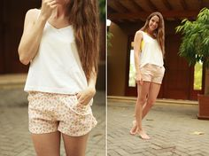 Cotton & Curls + DIY EVERYDAY SHORTS WITH POCKETS TUTORIAL