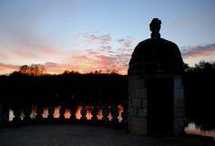 En bordure du Bassin #chateaudelarochecourbon #larochecourbon #chateau #castle #charentemaritime #igerscharentemaritime #sunset #saintonge