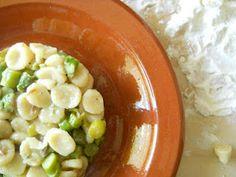 micrognocchi agli asparagi con farina di fave