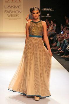 Flared, golden embroidered floor-length #anarkali looks ravishing, isn't it?