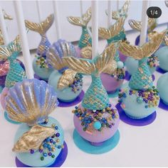 Chocolate Drizzled Popcorn, Chocolate Covered Apples, Chocolate Covered Marshmallows, Marshmallow Pops, Chocolate Dipped, Mermaid Birthday Cakes, Little Mermaid Birthday, Little Mermaid Cakes, Mermaid Cake Pops
