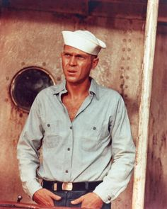 """McQueen in """"Sand Pebbles""""/""""La canonnière du Yang-Tsé"""" by Robert Wise Film humaniste. Inspired by Richard McKenna novel. Jake Holman, one of my fave heroes. Steven Mcqueen, Hollywood Fashion, Classic Hollywood, Old Hollywood, Hollywood Party, Hollywood Actor, Hollywood Stars, The Sand Pebbles, Vito"""
