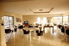 The Capital hotels and apartments in Sandton, Rosebank, Menlyn, Cape Town and Durban offers serviced apartments and hotel accommodation. Experience luxury accommodation in self catering apartments & luxury hotel rooms. Serviced Apartments, Luxury Accommodation, Villa, Dining, Table, Room, Furniture, Home Decor, Homemade Home Decor