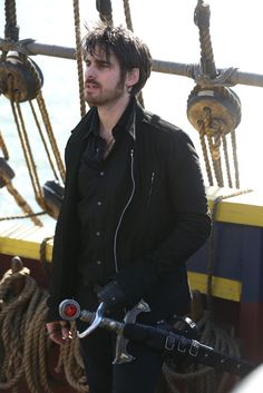 Colin O'Donoghue - Killian Jones - Captain Hook - Once Upon A Time 5x10