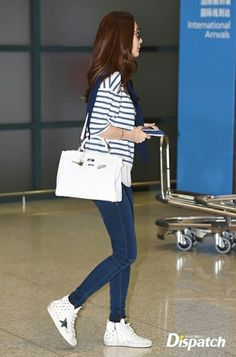 최지우 Airport Style, Airport Fashion, Kim Tae Hee, Korean Celebrities, Korean Beauty, Actors & Actresses, Korean Fashion, Adidas Sneakers, Hair Color