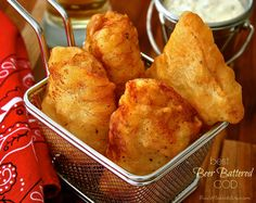 - Wildflour's Cottage Kitchen A thin, delicately crispy coating on the outside. Tender, mild, lightly sweet and perfectly flaky fish on the inside! Fish Dishes, Seafood Dishes, Seafood Recipes, Cooking Recipes, Gout Recipes, Beer Batter Recipe, Beer Batter For Fish, Best Fish Batter, Fish And Chips Batter