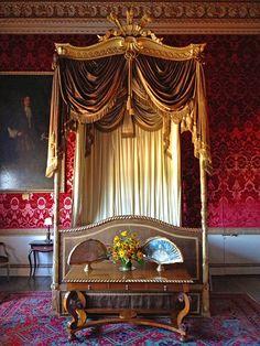 Estates of Britain Series: Holkham Hall - State Bedroom