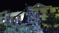 Jesús Nazareno El Pobre entrando en la Tribuna Oficial de Vélez-Málaga al son de 'Embrujo de Triana' Estación de Penitencia, 2013. #SemanaSanta #Easter #ssantavelez #velezcofrade