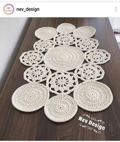 Crochet Table Runner, Crochet Tablecloth, Crochet Doilies, Chrochet, Knit Crochet, Crochet Designs, Crochet Patterns, Macrame Design, Crochet Squares