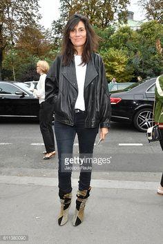 News Photo : Emanuelle Alt is seen arriving at Chloe fashion...
