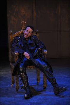Jonjo O'Neill as Richard III.  Photo by Hugo Glendinning. (Totally brilliant)