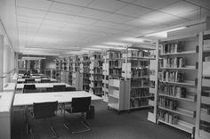 Univerzitní knihovna !  (La bibliothèque de l'Université !)