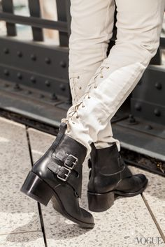 I walk on the High Line to and from work to avoid foot traffic, and a good commuter shoe is a must. I like a flat or a low heel like these Alex Wang boots.