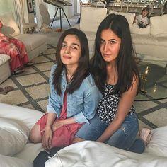Katrina Kaif and Alia Bhatt at Shahrukh Khan's Birthday Bash at Alibaugh