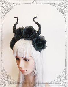Black devil flower crown ( Horns , Headdress, Roses, Goth , Fantasy )